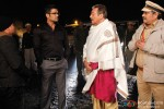 Sunil Shetty and Vinod Khanna in Koyelaanchal Movie Stills