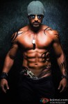Abs Ho Toh Aise, John Abraham's Drool Worthy Body