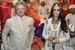 Shraddha Kapoor Walks The Ramp For Rohit Bal Pic 3