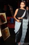 Sonam Kapoor at Rouble Nagi's painting exhibition in New Delhi Pic 3