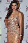 Esha Gupta at Filmfare Awards (East)