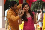 Varun Dhawan and Alia Bhatt in Humpty Sharma Ki Dulhania Movie Stills Pic 2