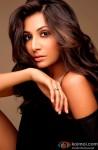 Monica Dogra Gives A Sexy Pose