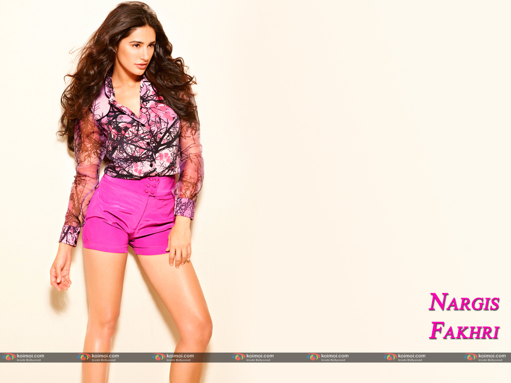 Nargis Fakhri Wallpaper 5