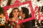 Alia Bhatt and Varun Dhawan in Humpty Sharma Ki Dulhania Movie Stills