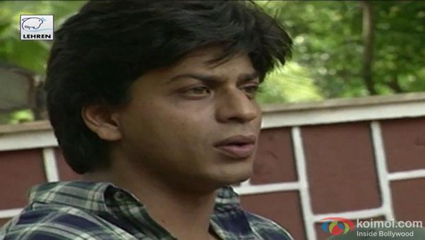 Shah Rukh Khan on the sets of film 'Duplicate'