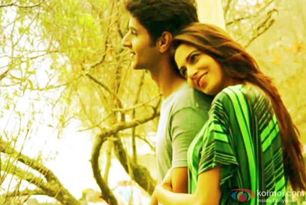 Siddharth Gupta and Simran Kaur Mundi in a 'Phacebook Pyaar' song still from movie 'Kuku Mathur Ki Jhand Ho Gayi'