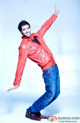 Akshay Oberoi Gives A Happy Pose