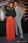 Akshay Kumar, Sonakshi Sinha Pose At Holiday's Press Meet
