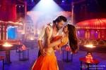 Shah Rukh Khan and Deepika Padukone in Happy New Year Movie Stills Pic 4
