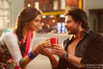 Deepika Padukone and Shah Rukh Khan in Happy New Year Movie Stills Pic 1