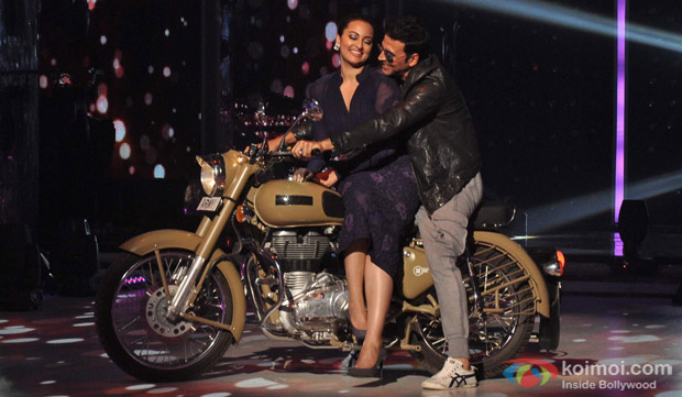 Sonakshi Sinha, Akshay Kumar On The Sets Of Jhalak Dikhla Ja