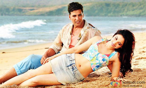 Akshay Kumar and Tamannaah in a 'Tera Naam Doon' still from movie 'It's Entertainment'