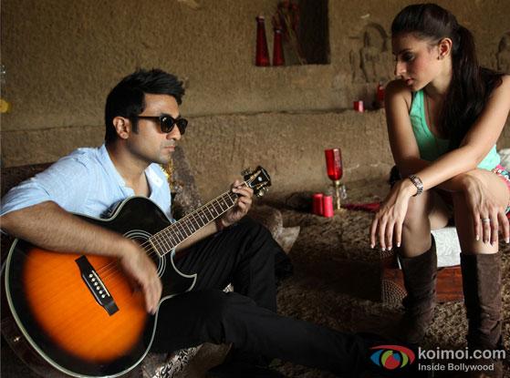 Vir Das and Anindita Nayar in a still from movie 'Amit Sahni Ki List'