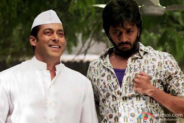Salman Khan and Riteish Deshmukh in a still from movie 'Lai Bhaari'
