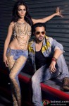 Humaima Malick and Emraan Hashmi in Raja Natwarlal Movie Stills Pic 1