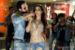 Emraan Hashmi and Humaima Malick in Raja Natwarlal Movie Stills Pic 5