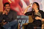 Ajay Devgn and Kareena Kapoor during the press meet of 'Singham Returns' in Kolkata Pic 2