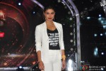 Priyanka Chopra during the promotion of movie 'Mary Kom' On the set of 'Jhalak Dikhla Jaa' 7 Pic 3
