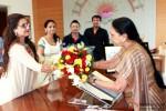 Rani Mukerji Meets Gujarat CM Pic 2