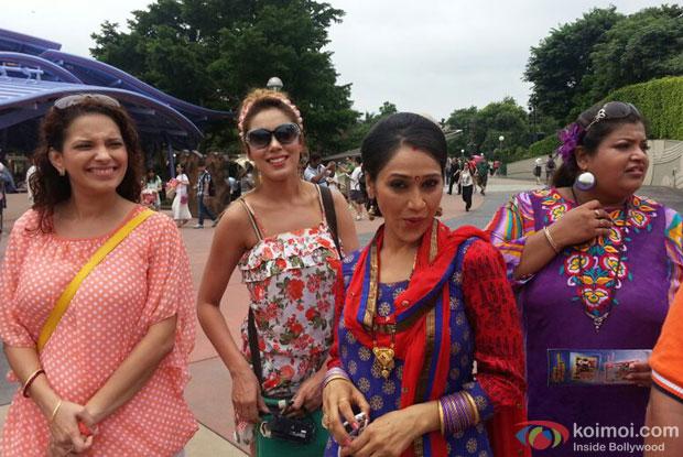 Mrs. Sodhi, Babita, Daya and Mrs Hathi at HongKong Disneyland