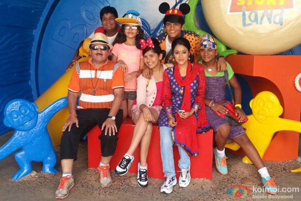 Jetha, Daya and Tappu gang at HongKong Disneyland