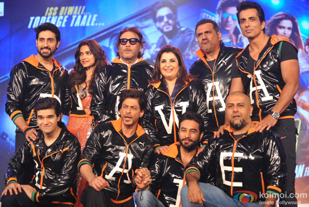 Shah Rukh Khan during the trailer launch of movie Happy New Year Pic 1