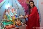 Ranu Mukerji Performs Aarti At Ganpati Festival In Mumbai