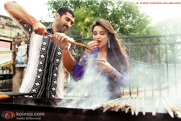 Aditya Roy Kapur and Parineeti Chopra in a still from movie 'Daawat-e-Ishq'