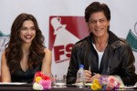 Deepika Padukone and Shah Rukh Khan during the Grand Press Meet Of SLAM! The Tour In Houston
