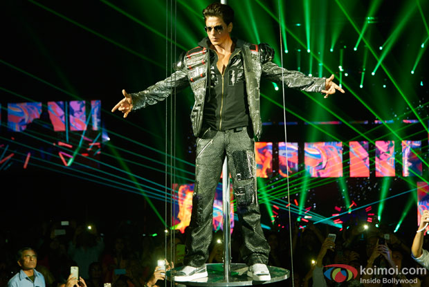 Shah Rukh Khan performed SLAM! The Tour at Sears Center Arena in Chicago Pic 1