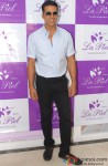 Akshay Kumar during the launch of La Piel Clinic Pic 1