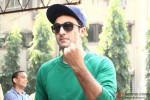 Ranbir Kapoor Cast Vote For Maharashtra State Assembly Elections 2014