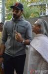 Abhishek Bachchan and Jaya Bachchan Cast Vote For Maharashtra State Assembly Elections 2014
