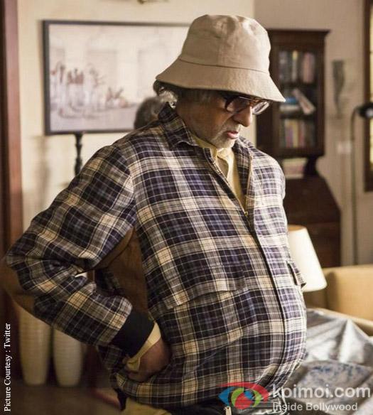 Amitabh Bachchan on the sets of movie 'Piku'