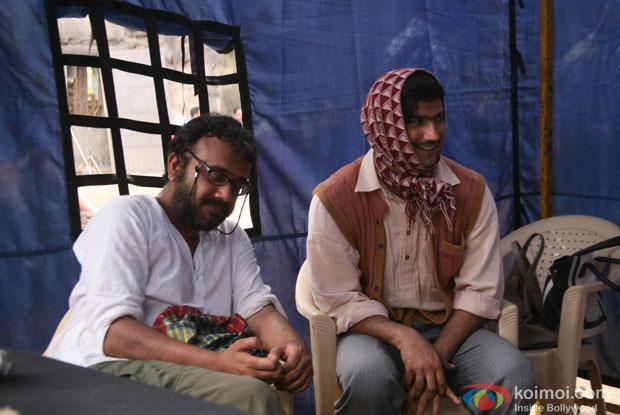 Dibakar Banerjee and Sushant Singh Rajput on the sets of movie 'Detective Byomkesh Bakshy'