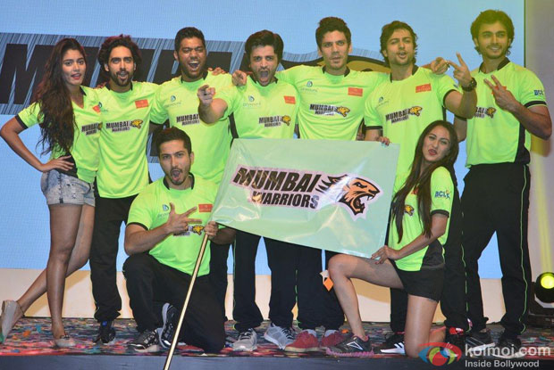 Mumbai Warriors Team During The Launch Of Box Cricket