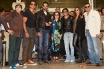 Vivaan Shah, Sonu Sood, Abhishek Bachchan, Farah Khan, Shah Rukh Khan, Deepika Padukone and Boman Irani Back In India After SLAM! The Tour Pic 1