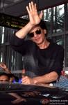Shah Rukh Khan Arrives In Kolkata Pic 2