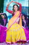 Madhuri Dixit performed SLAM! The Tour in London Pic 4