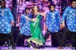 Madhuri Dixit performed SLAM! The Tour in London Pic 7