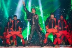 Shah Rukh Khan performed SLAM! The Tour in London Pic 2