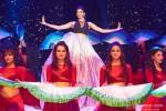 Deepika Padukone performed SLAM! The Tour in London Pic 2