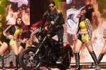 Shah Rukh Khan performed SLAM! The Tour at San Jose Pic 1