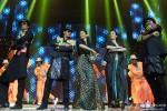 Sonu Sood, Shah Rukh Khan, Deepika Padukone, Malaika Arora Khan and Abhishek Bachchan performed SLAM! The Tour at San Jose