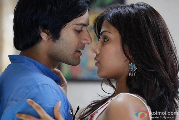 Ali Fazal and Rhea Chakraborty in a still from movie 'Sonali Cable'