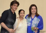 Shah Rukh Khan and Farah Khan Meet West Bengal CM Mamata Banerjee