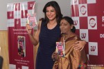 Sushmita Sen during the launch of Dr. Nirmala Shetty's Book 'Beauty At Your Finger Tips!' Pic 2