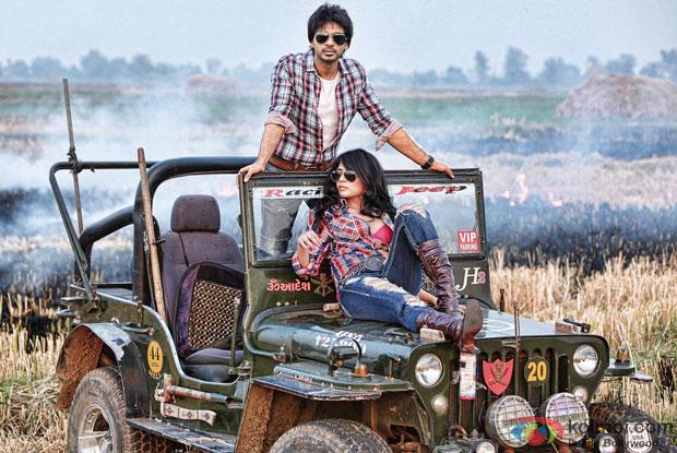 Nikhil Dwivedi and Richa Chadda in a still from movie 'Tamanchey'