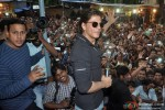 Shah Rukh Khan Visited Gaiety Galaxy Theater In Mumbai Pic 2